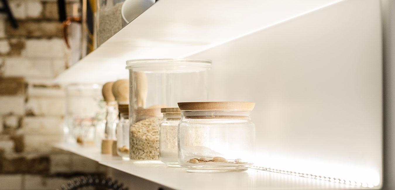 iluminacion estantes